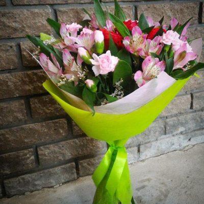 Bouquets con flores de astromerias